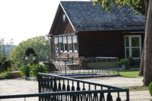 Ulmenhaus - Ansicht vom Saal aus