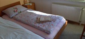 Schlafzimmer mit Blick zur Burg